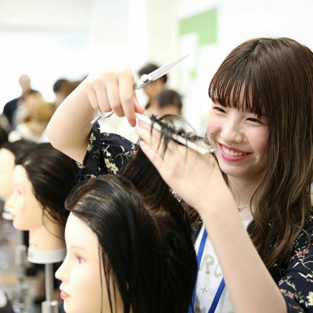 大阪ベルェベル美容専門学校 可愛い大人アレンジ&大流行フェイスフレーミングカラー2