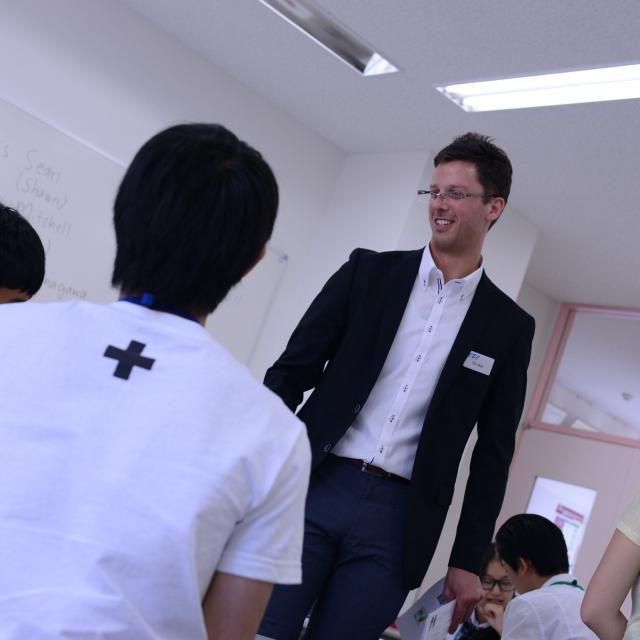 外語ビジネス専門学校 〈英語〉サービスで使われる英語を学ぼう!2