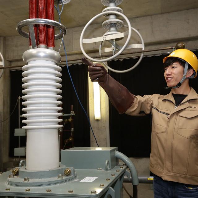 九州電気専門学校 【昼の学校説明会】電気機器や高電圧実験など模擬実験を見学!1
