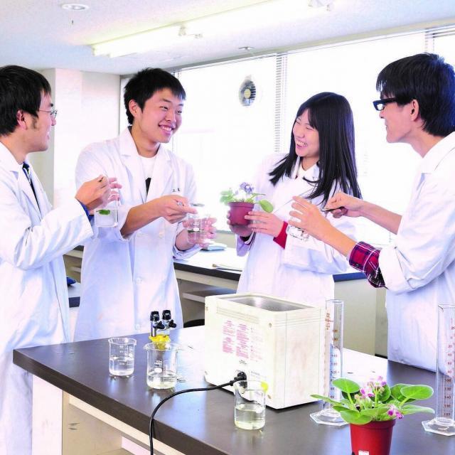 岡山科学技術専門学校 【食品生命科学科】DNAなどの食品生命を楽しめる体験イベント!2