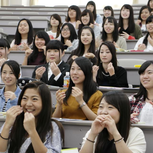 聖ヶ丘教育福祉専門学校 夜のオープンキャンパス☆2