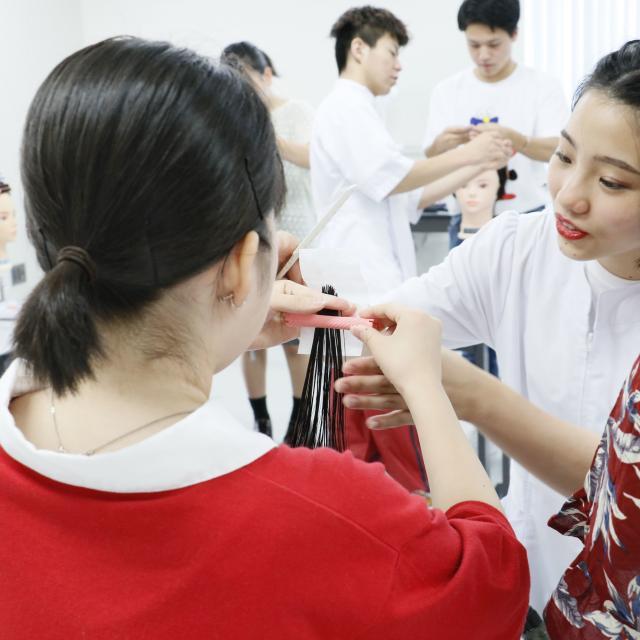 国際文化理容美容専門学校国分寺校 体験入学会1