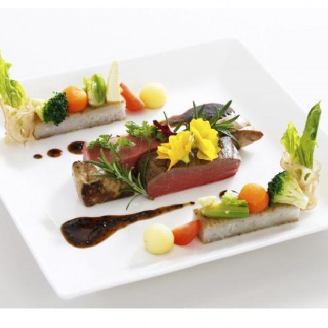 東京山手調理師専門学校 【西洋料理】牛フィレ肉のポワレ1