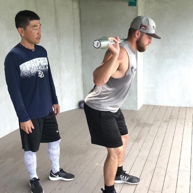 東洋鍼灸専門学校 アメリカメジャーリーグ現役トレーナーがやって来る!2