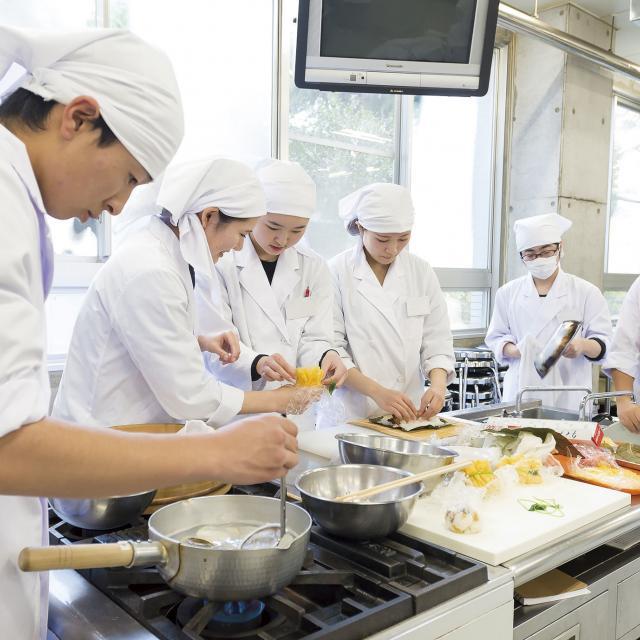 桐生大学短期大学部 【2・3年生おすすめ】オープンキャンパス 栄養&アート1