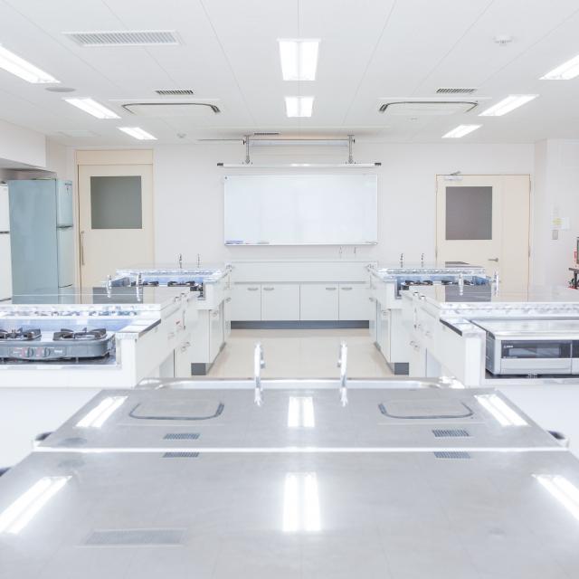 千住介護福祉専門学校 模擬授業「楽しくおいしいおやつを作ろう」2