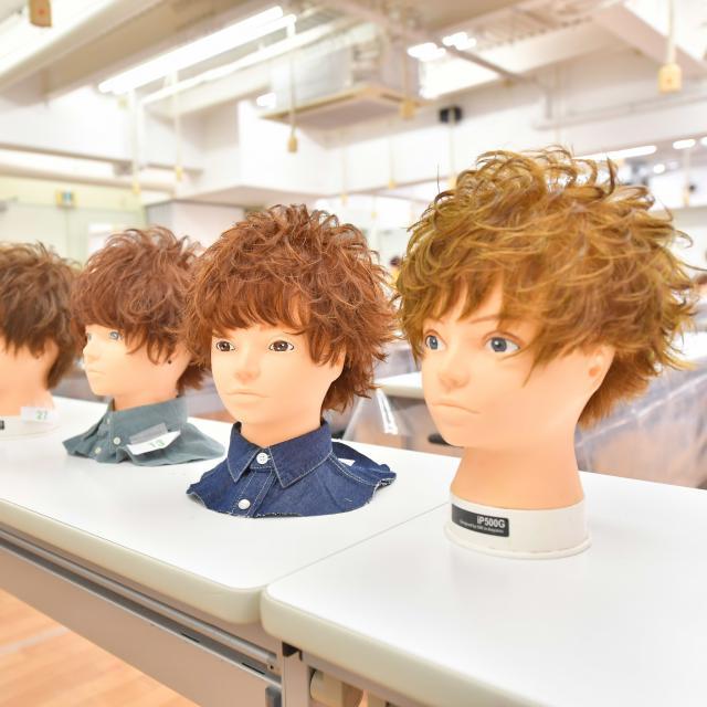グラムール美容専門学校 有名人気ヘアサロンスペシャルショー開催!3