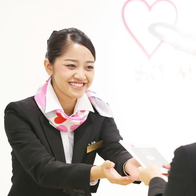 名古屋観光専門学校 憧れの世界へ飛び込もう!エアライン体験入学1