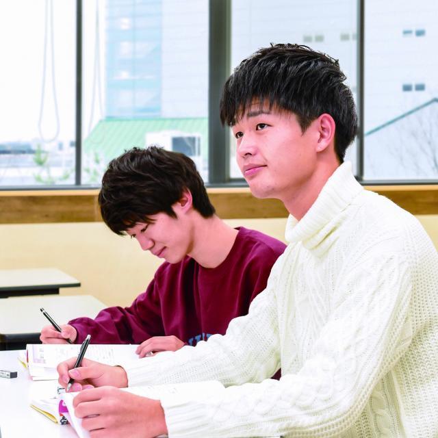 太田情報商科専門学校 ☆サマースペシャルデー☆公務員学科1