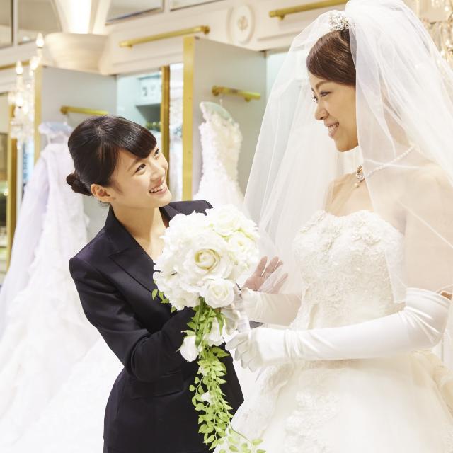 大阪ウェディング&ホテル・観光専門学校 結婚式場スタッフなりきりフェスタ1