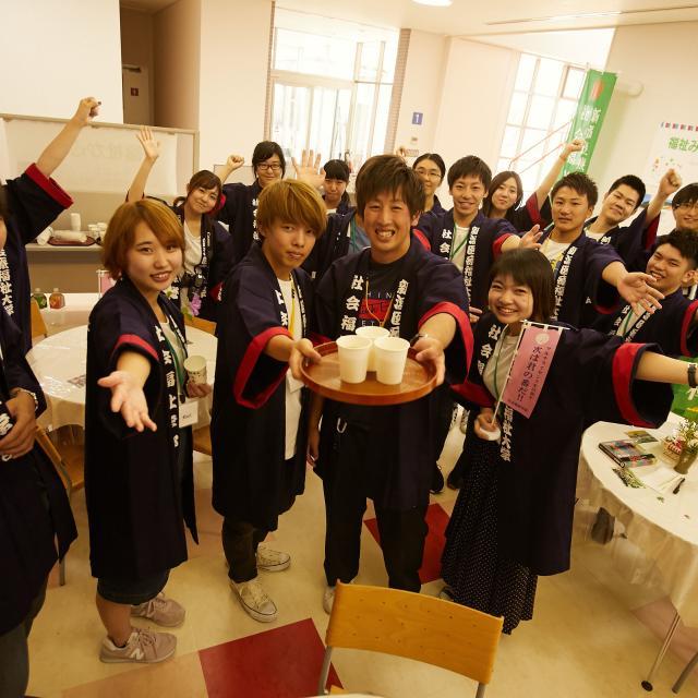 新潟医療福祉大学 ピッタリの未来が見つかる!全13学科による職業体験プログラム3