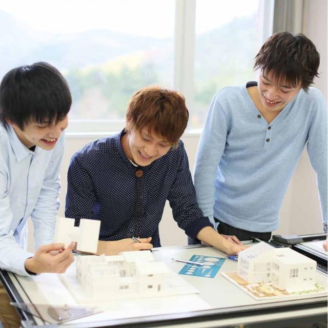 京都建築大学校 建築模型制作ができるオープンキャンパス1