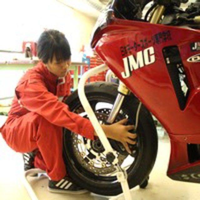 日本モータースポーツ専門学校大阪校 バイクを触ってみよう!【二輪レースメカニックコース】4