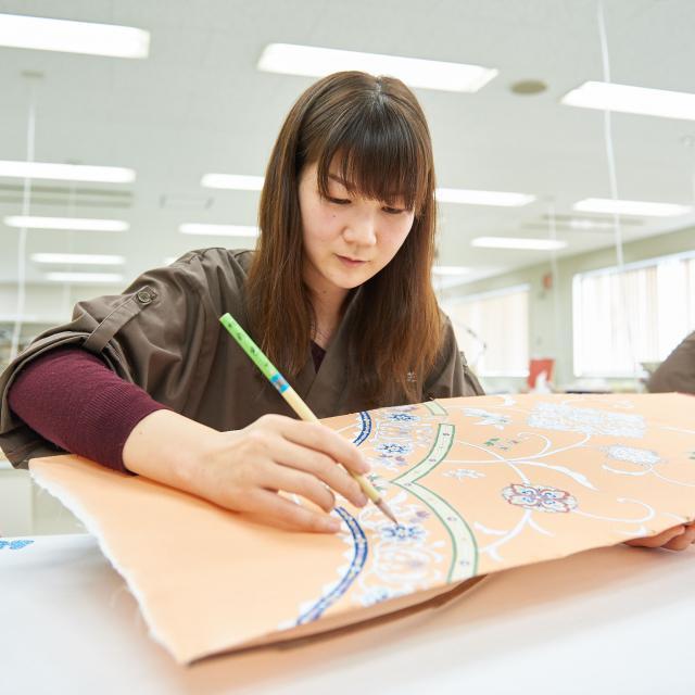 京都伝統工芸大学校 工芸体験キャンパス2018 京手描友禅1