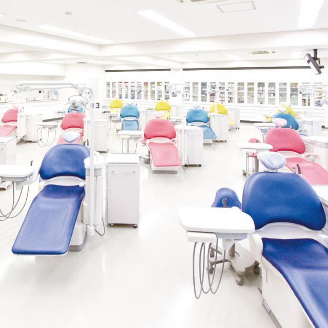 名古屋ユマニテク歯科衛生専門学校 【歯科衛生学科】6月の体験型オープンキャンパス3