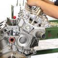 ガソリンエンジン整備の体験/徳島工業短期大学