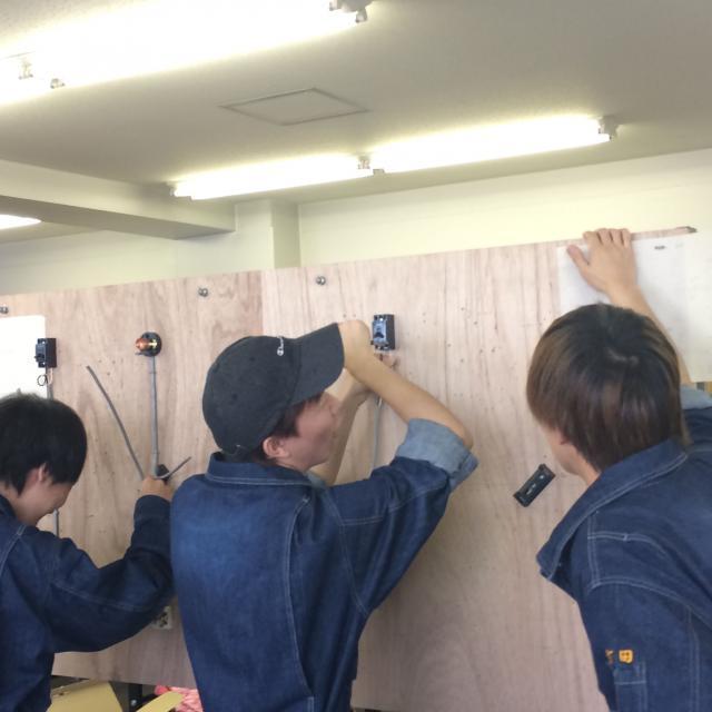 大阪電子専門学校 ランチ付き特別OC開催!一足先に先輩とモノづくりを体験できる2
