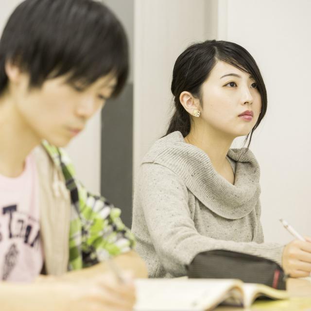 日本福祉教育専門学校 \行政で活躍できる/精神保健福祉士の仕事と働き方1