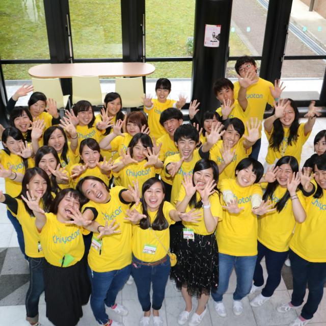 大阪千代田短期大学 介護のロールプレイ、電動リフト使用体験1