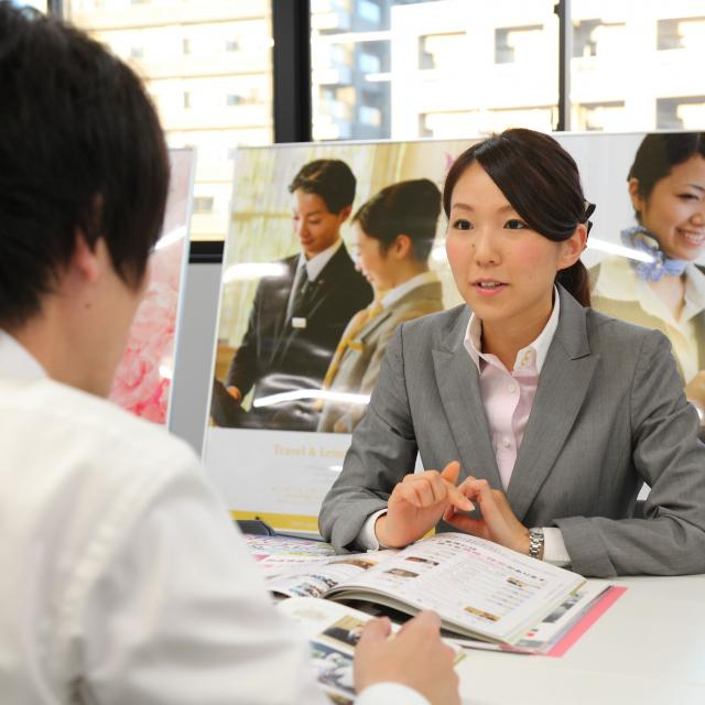 大阪ウェディング&ホテル・観光専門学校 専門士取得可能!新コース:夜間コース説明1
