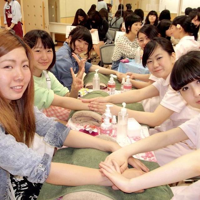 横浜ビューティー&ブライダル専門学校 【エステ】エステ体験でキレイになれる☆高校2年生も歓迎♪3
