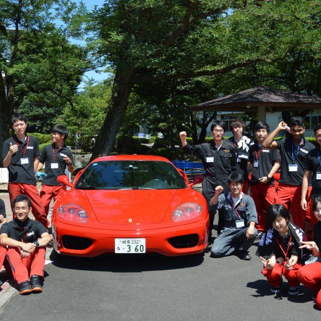 中日本自動車短期大学 国内、輸入車バイクが来学!バイク好きは必見!!2