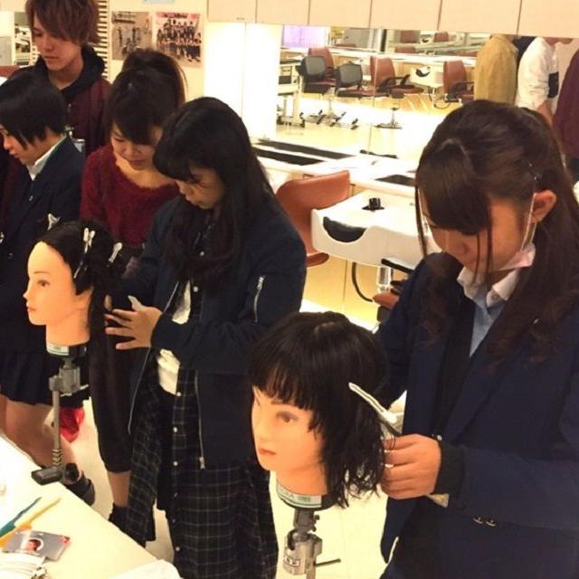 横浜ビューティー&ブライダル専門学校 【美容師】カット・オシャレヘアを学べる☆高校2年生も歓迎♪4