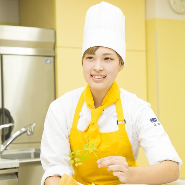 AST関西健康・製菓専門学校 【パティシエ】6/9 ウエディングケーキバイキング4