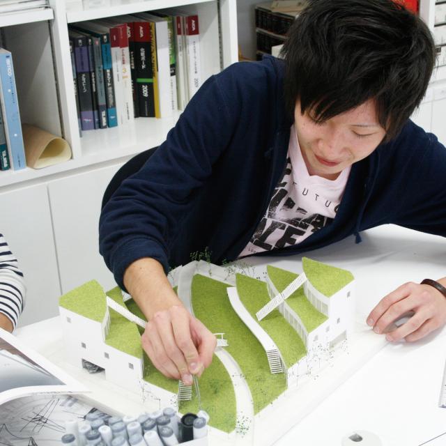 専門学校 九州デザイナー学院 11月の体験入学(インテリア・雑貨)1