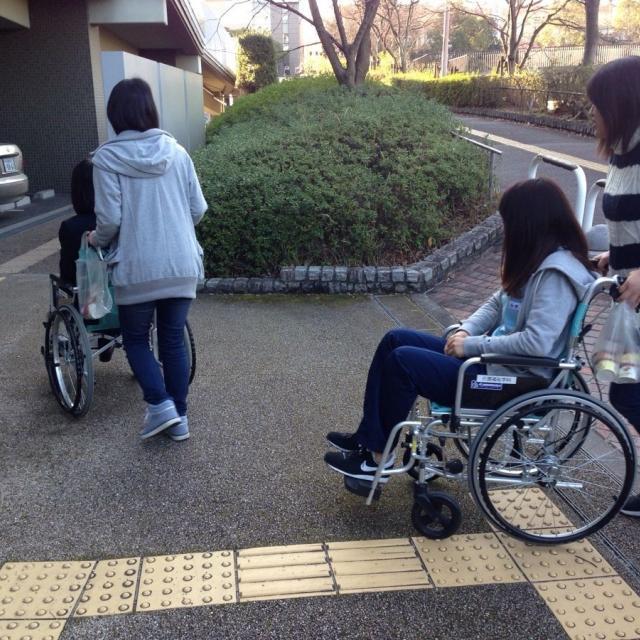 関西学研医療福祉学院 介護福祉DAY!!(9~12月)1