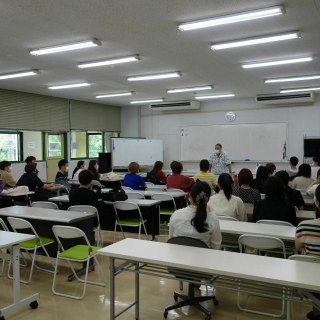 福岡外語専門学校 英会話体験レッスン♪1