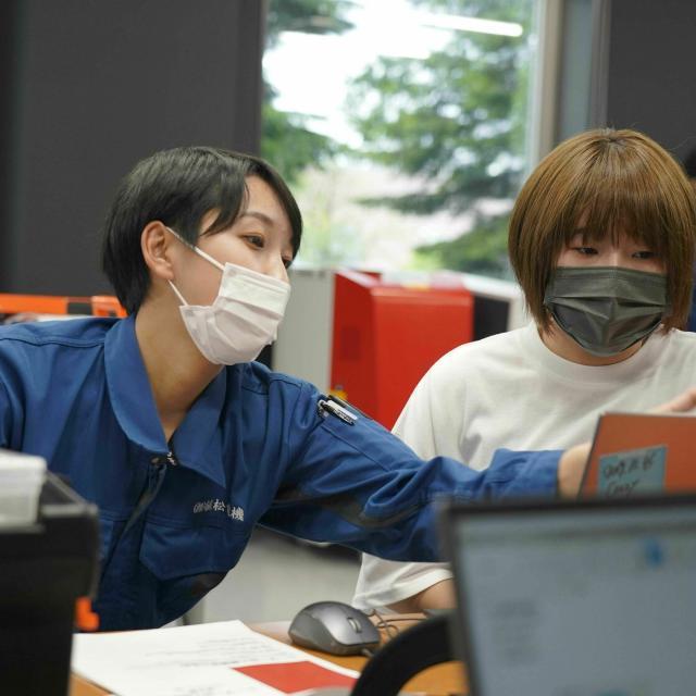 北海道ハイテクノロジー専門学校 最新実習室お披露目!3Dプリンターやレーザー加工機を体験!1