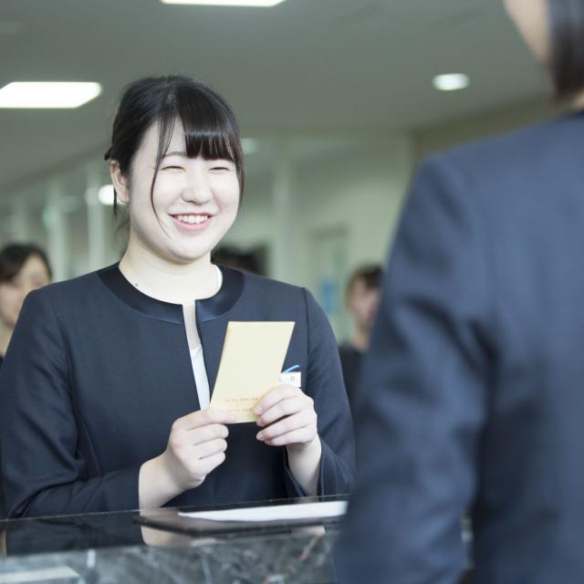 札幌観光ブライダル・製菓専門学校 一流のサービスが提供できるホテルスタッフを目指そう☆2