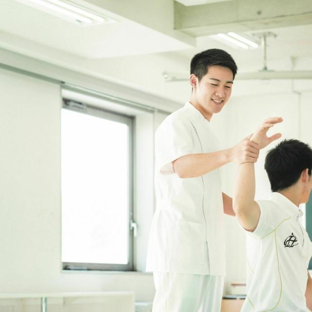 北海道ハイテクノロジー専門学校 目の前の人に最適な治療を提案できる柔道整復師を目指す!2