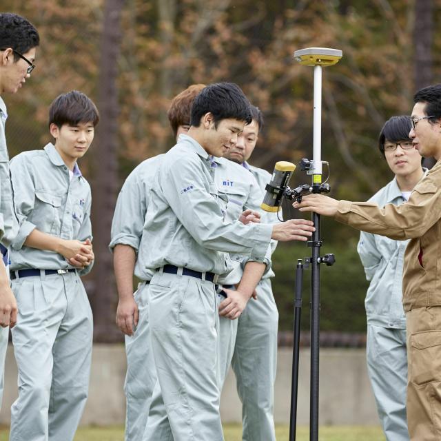 新潟工科専門学校 測量・土木の仕事を目指す方へ!【ドローン体験をしよう!】4