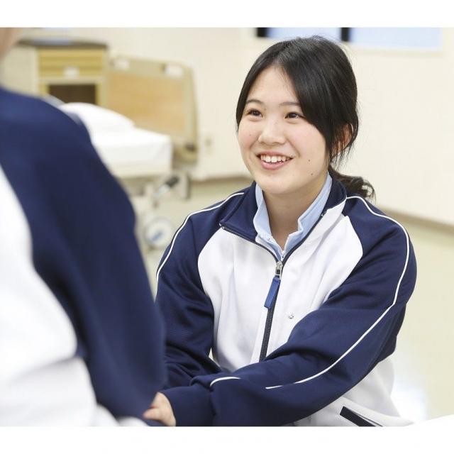 神戸リハビリテーション福祉専門学校 【介護福祉科】11月の個別相談会1