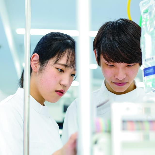 東京医薬専門学校 臨床工学技士が扱う医療機器を操作してみよう!2