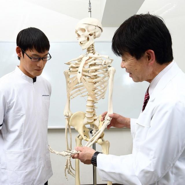 理学・作業名古屋専門学校 在校生と一緒に楽しくオープンキャンパスに参加できる!1