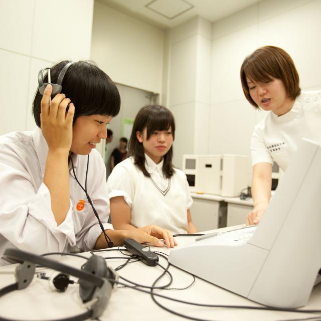新潟医療福祉大学 【言語聴覚士】の仕事体験!神経心理学的検査を体験してみよう!1