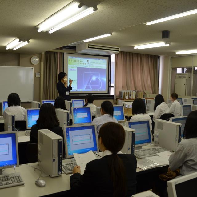 広島YMCA専門学校 【医療事務】今、大注目のドクターズクラークについて学ぼう!1