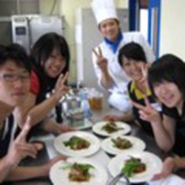 愛知調理専門学校 寒い日にはあったか若鶏のクリーム煮込み♪2