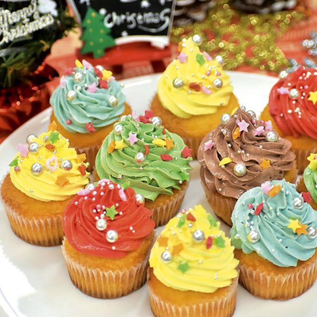 名古屋スイーツ&カフェ専門学校 【オープンキャンパス】デコレーションカップケーキ1