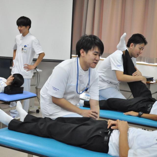 長崎医療技術専門学校 在校生が医技専と仕事の魅力について語る3