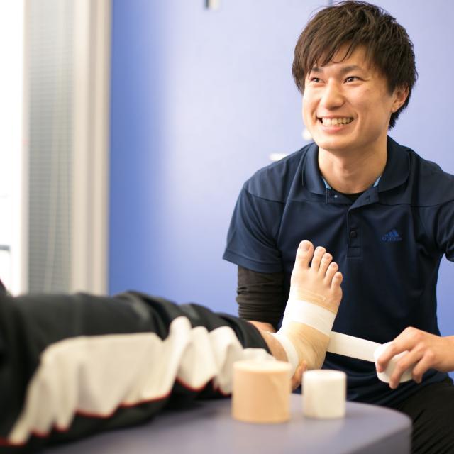 新潟医療福祉大学 【スポーツ】の仕事体験!アスレティックトレーナーの仕事体験2