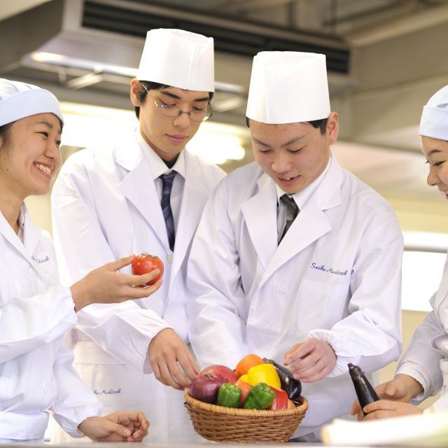 西武学園医学技術専門学校 オープンキャンパス(栄養士科)オシャレなピザを作ろう2