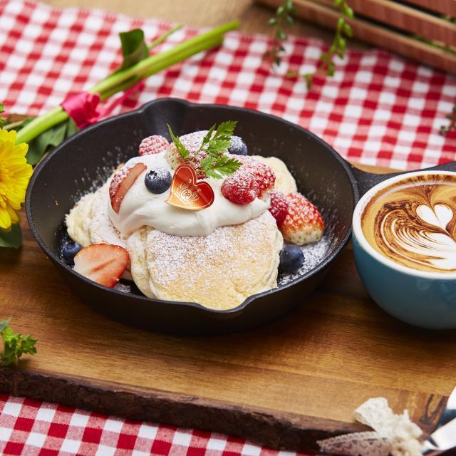 札幌ベルエポック製菓調理専門学校 【スイーツ体験】焼きたてふわふわ♪ベリーベリーパンケーキ1