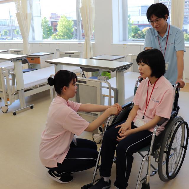 出雲医療看護専門学校 【7/29】卒業生イベント1