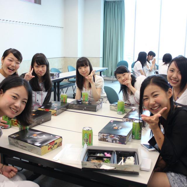 ホスピタリティ ツーリズム専門学校大阪 AOプレミアムスクール☆特待生奨学金の限定過去問がもらえる!3