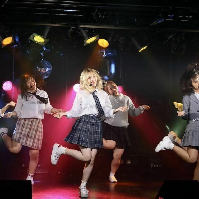 国際音楽・ダンス・エンタテイメント専門学校 K-POPアーティストのレッスン動画プレゼントオーキャン!1