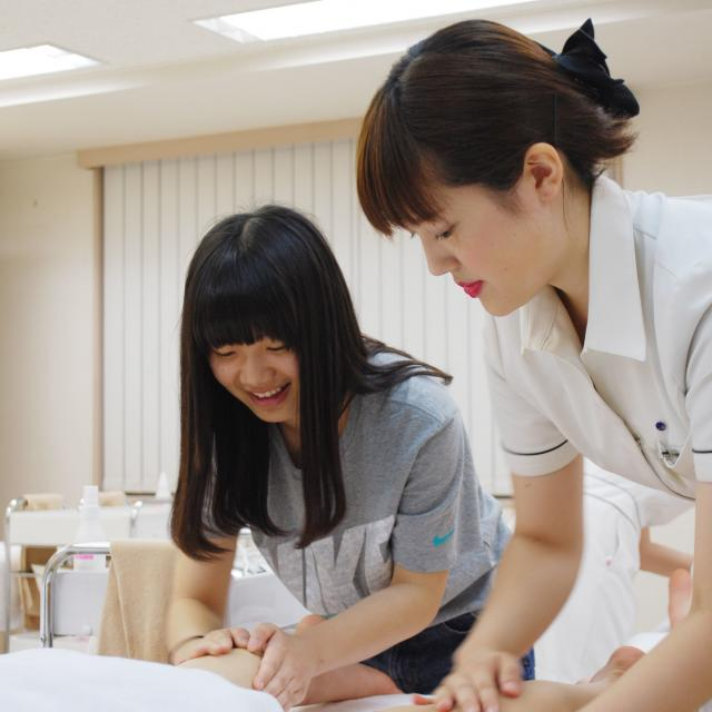 国際理容美容専門学校 MYウィッグつくり3